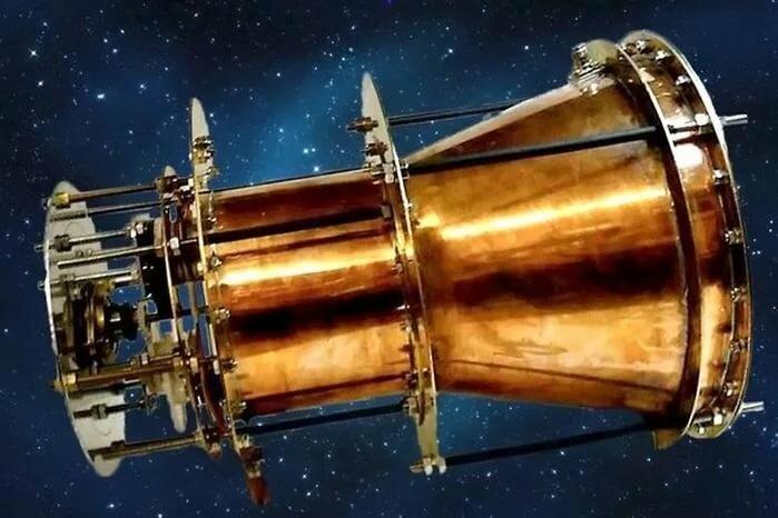фотонный двигатель на спутниках вогнутой ложки позволяет