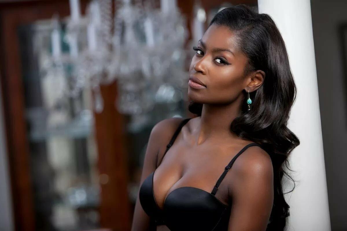 Black girl on girl models — img 10