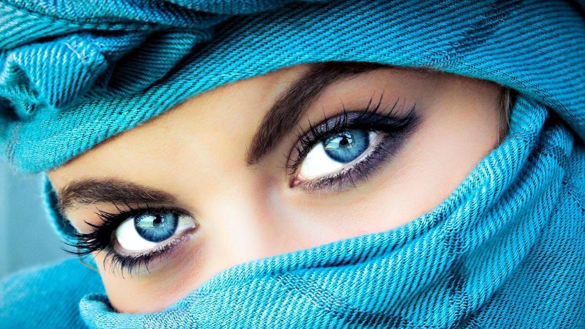 Картинка с надписью красивые глаза