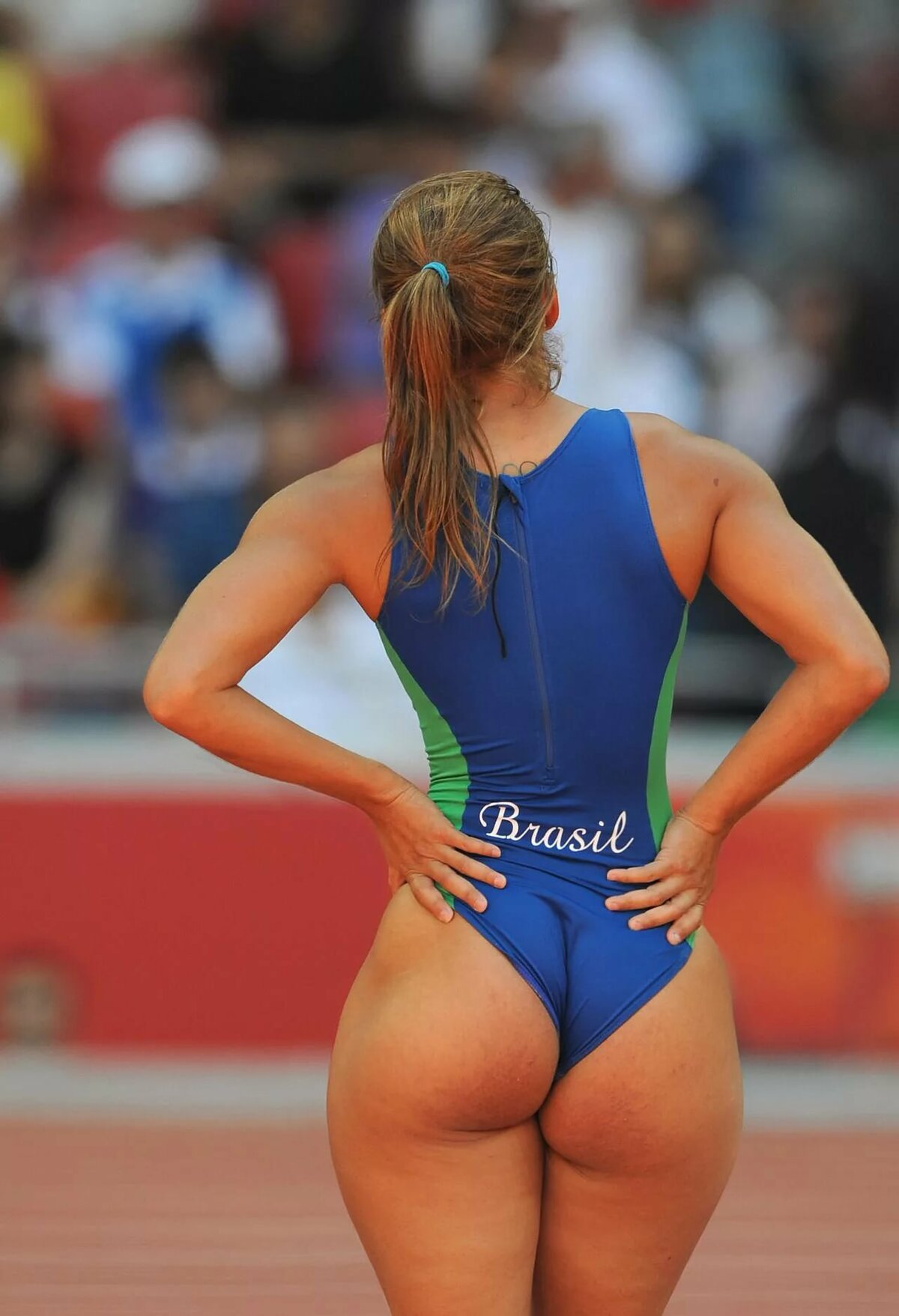 Female athletic butt pics, rachel weisz nude pic