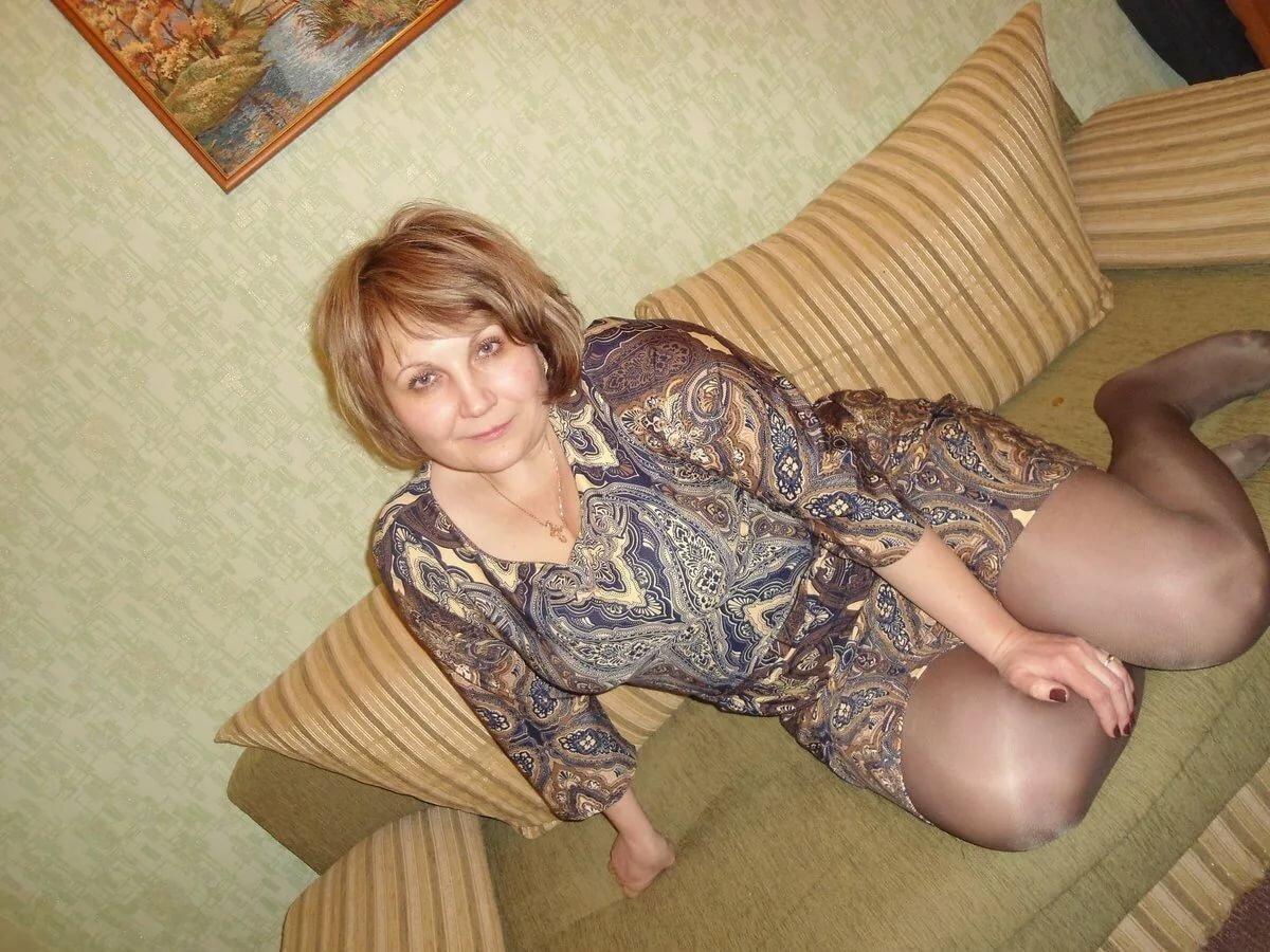 Русская тетка дома фото, хорошие полные женщины эро