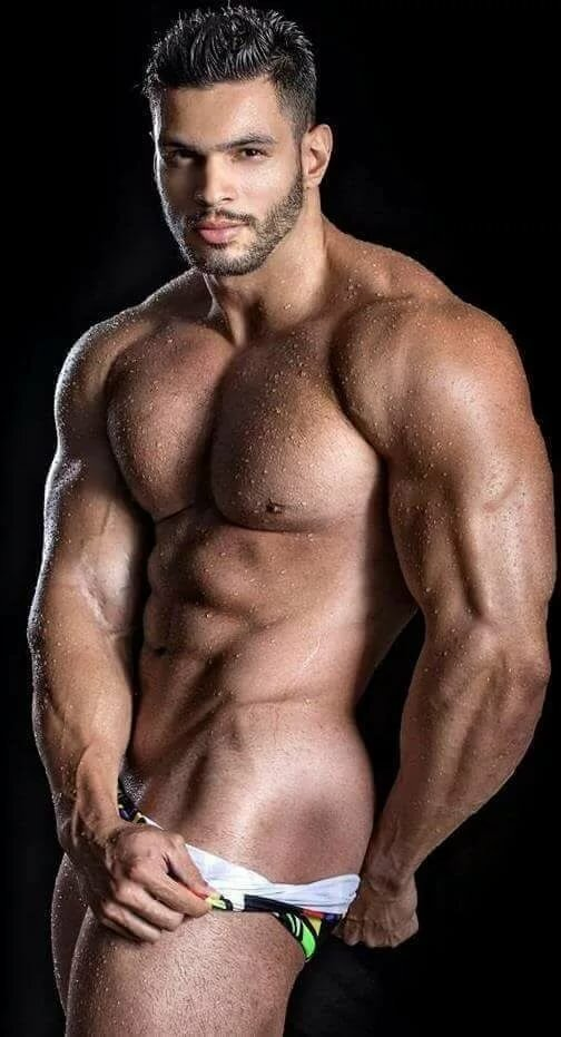 sexy-muscular-men-naked