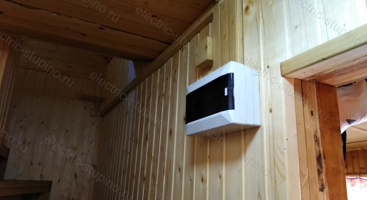 Установка электрощита на даче