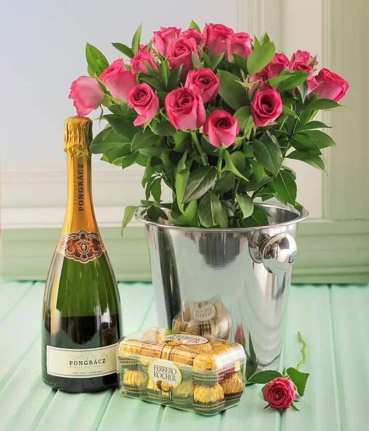 Патриотические картинки, открытка роза с шампанским