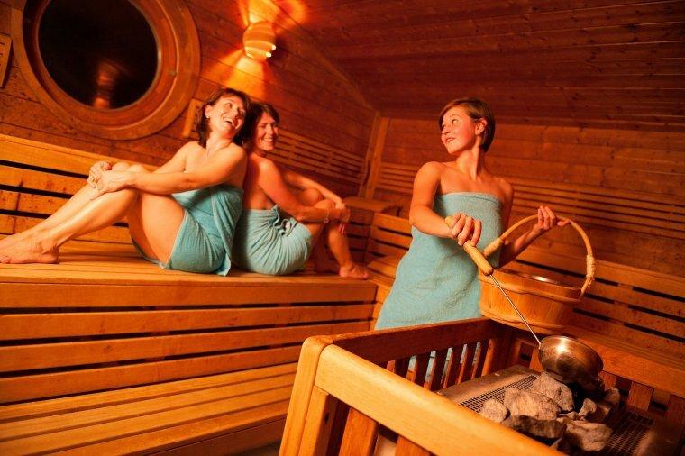 женщины в бане качество - 5