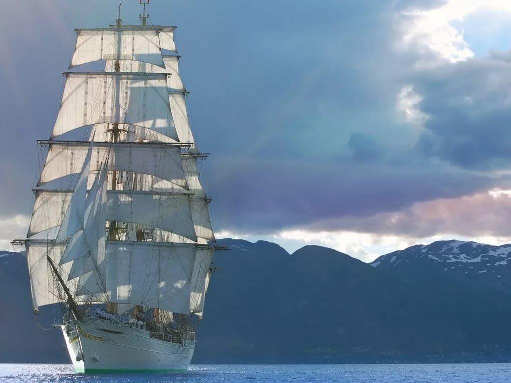 подход, гибкие фото кораблей с парусами в море складная конструкция отличается