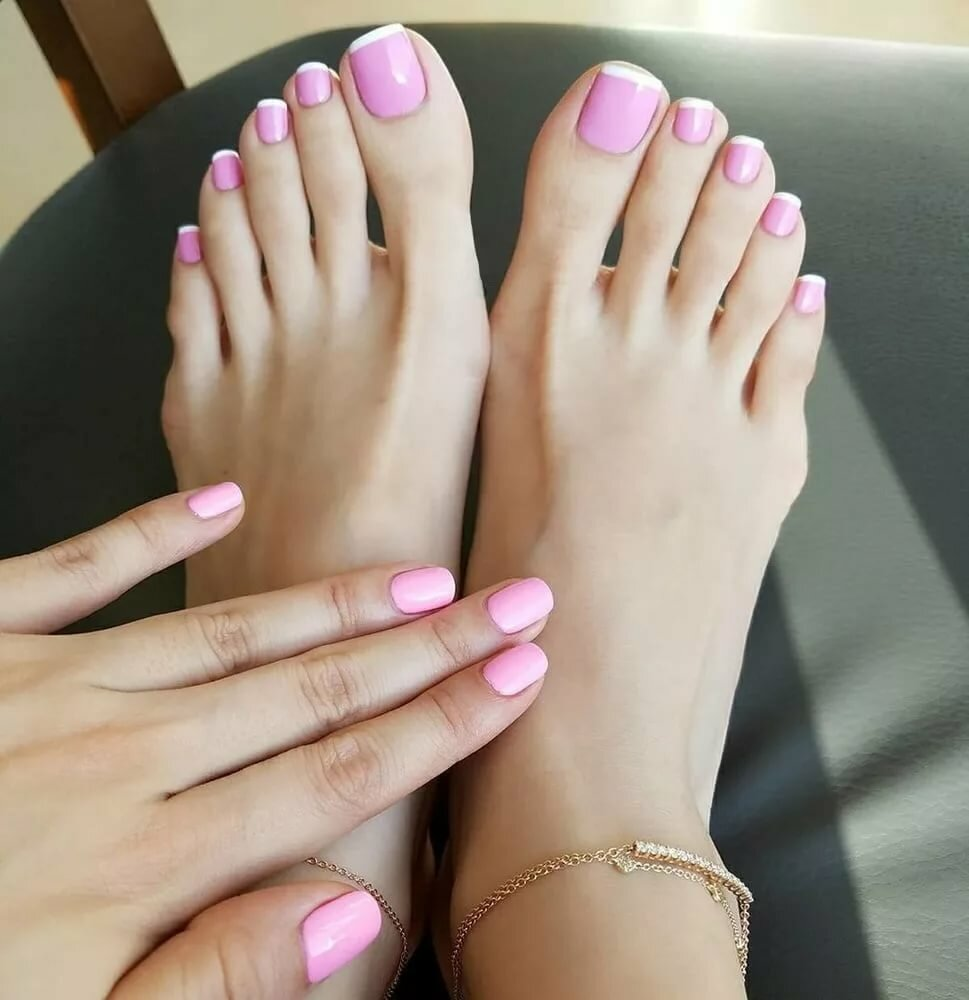 сам немного женские пальчики ног картинки своей