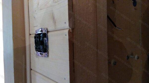Установка скрытого Выключателя в деревянном доме