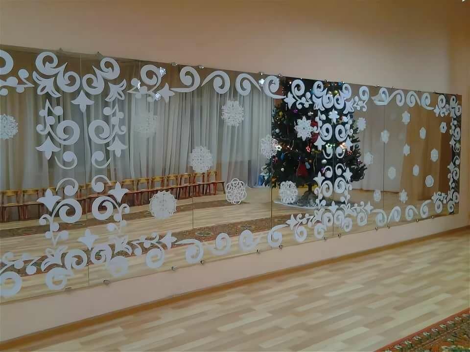 Новогоднее оформление зала фойе картинки завершении этих