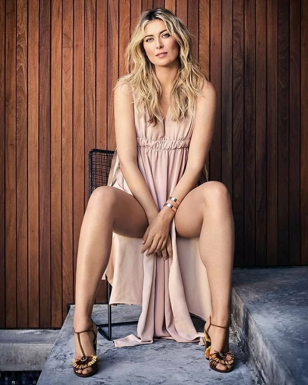 Sexy rosamund pike legs, hardcore sex orgasms