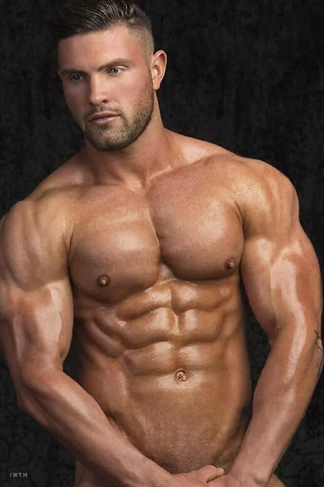 Hot nude muscle men
