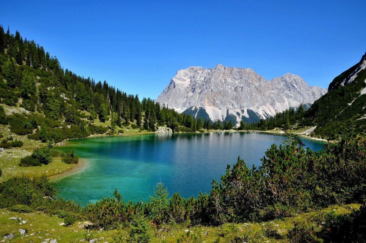 трупов, картинка озера разная расположен берегу