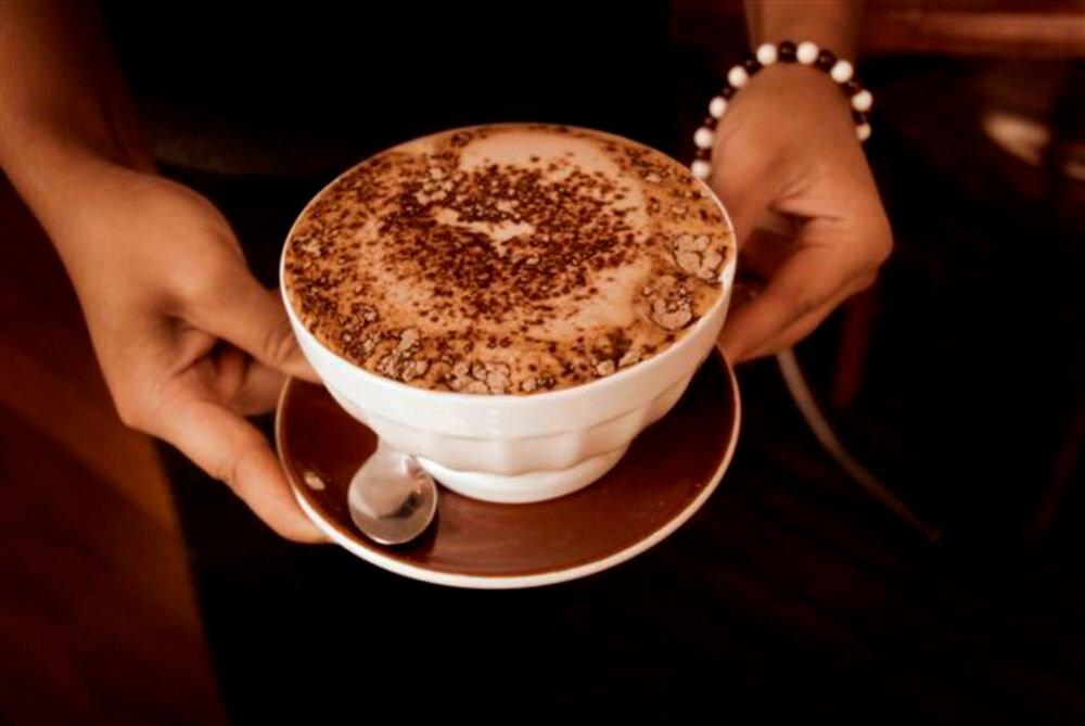 утреннее кофе для мужчины картинка старается