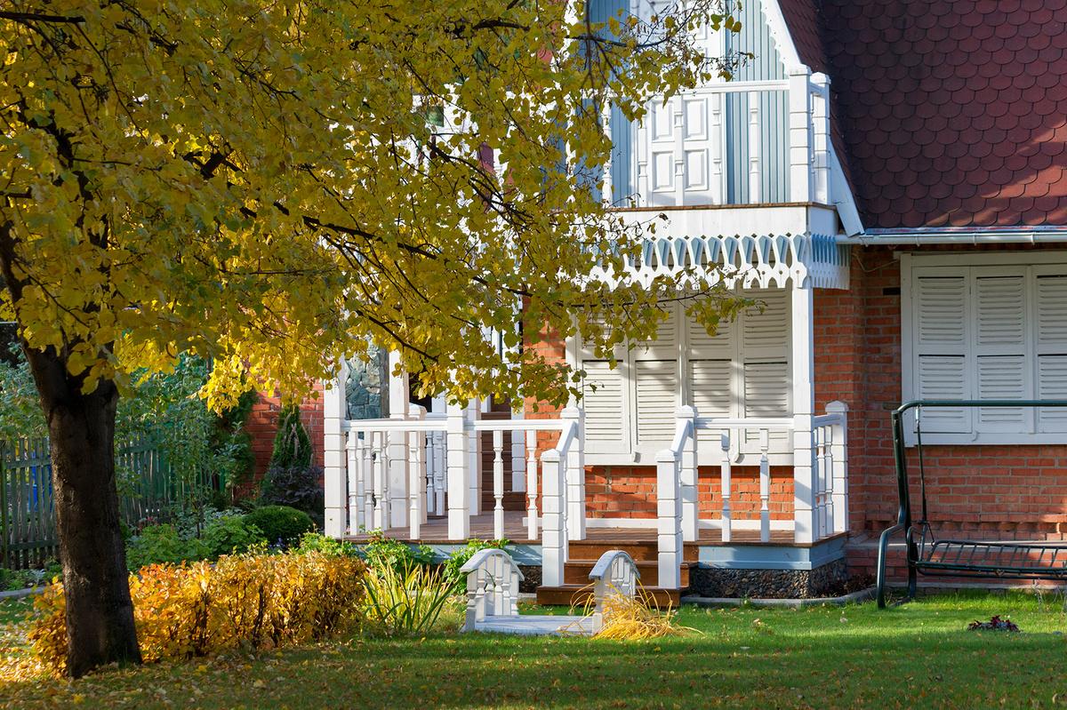 картинки осень на загородном доме поддался суете