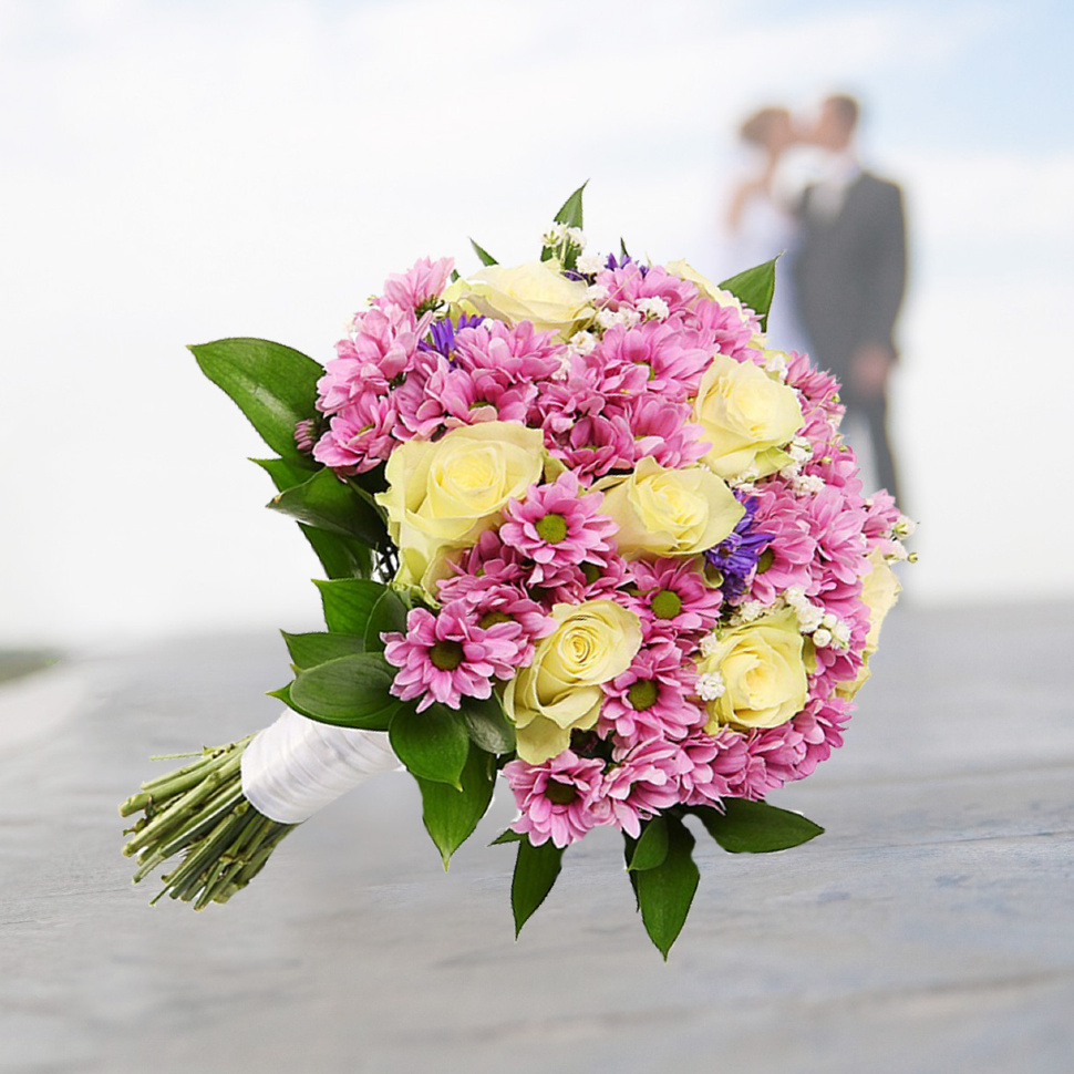 Свадебный букет французская роза хризантема, цветов своими