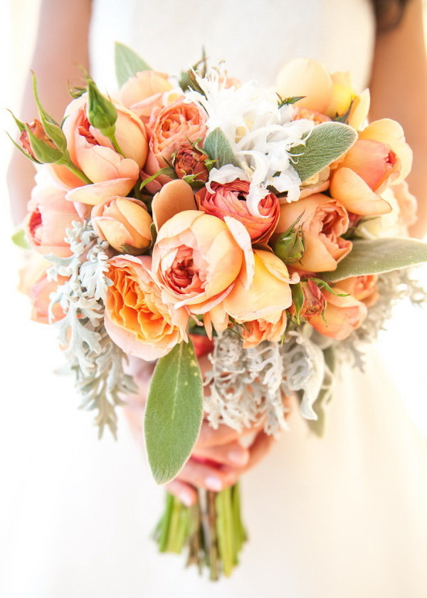 Цветы оптом, свадебные букеты из оранжевых пионовидных роз