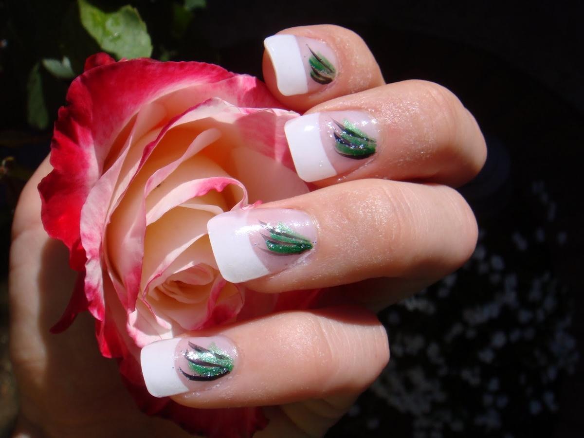 Картинки розы с ногтями