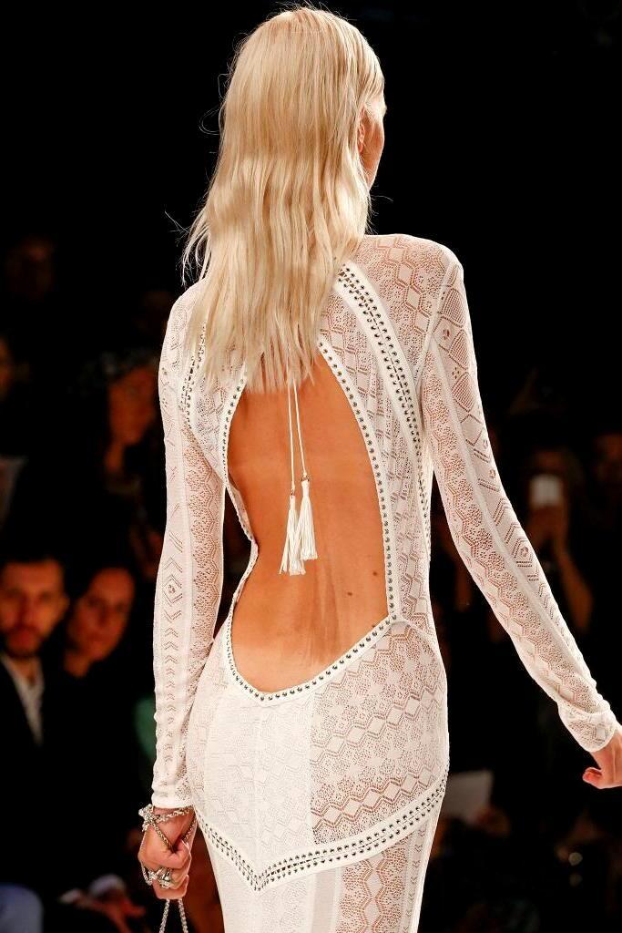 тоже онлайн в прозрачном платье количество