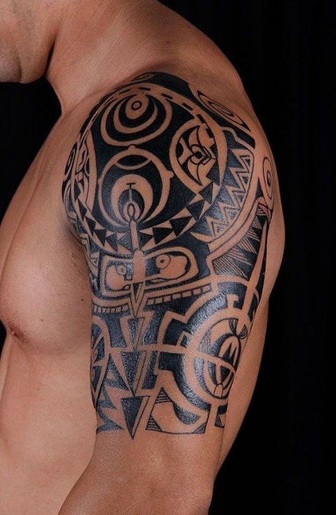 картинки татуировок на плече левой руки образцы подобных изделий