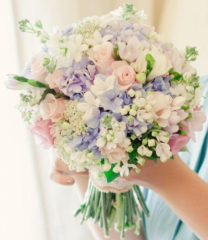 Букет невесты переход из розы и гортензии, букеты, нальчик