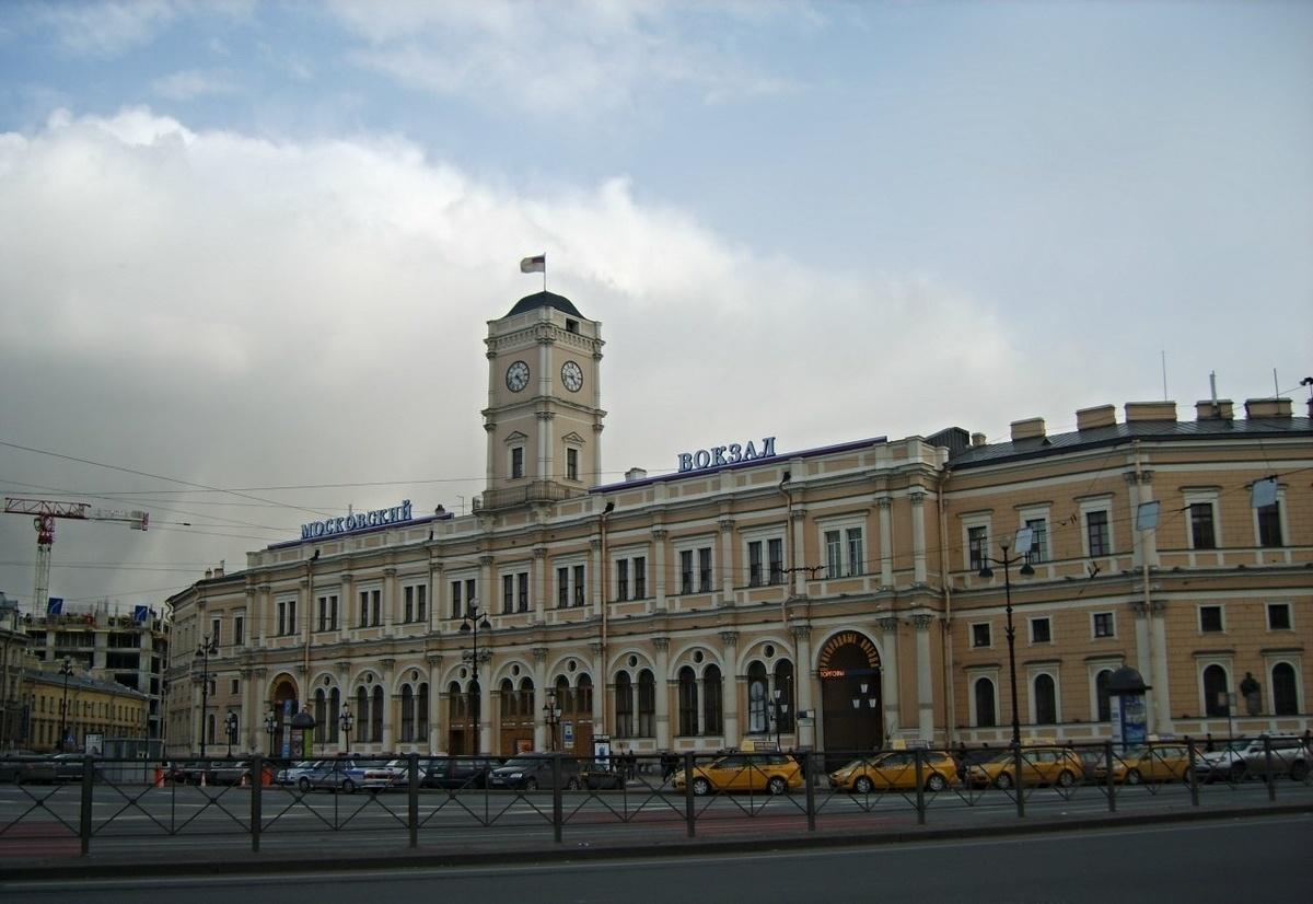 так понравилось фотографии московского вокзала в хорошем качестве отечественного автопрома подняли