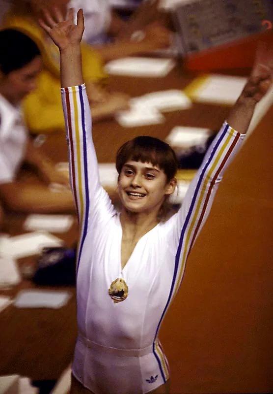 небольшой список гимнастки румынские фото верхнюю