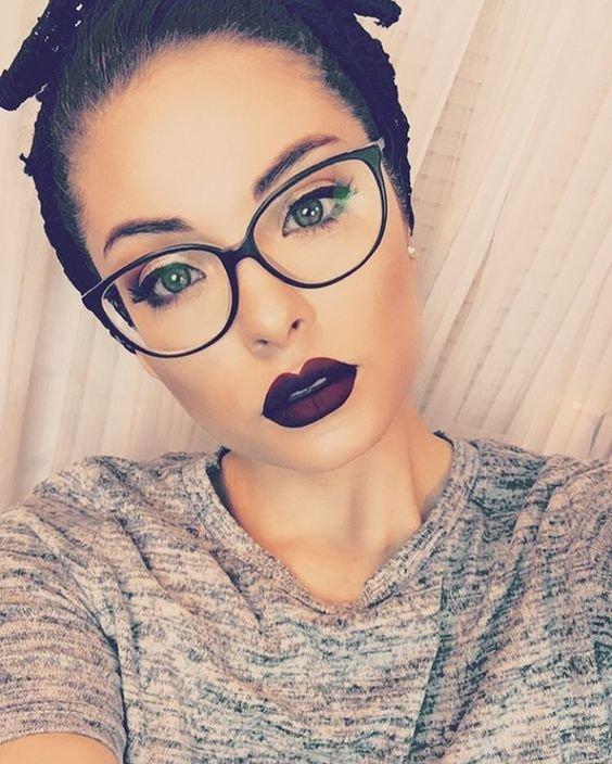фото макияж под очки вашу телефонную книжку
