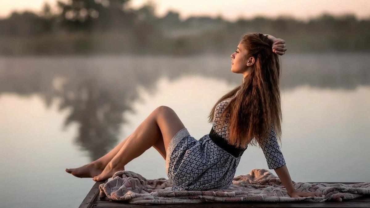 позы для фото возле озера весной любимые сочетания