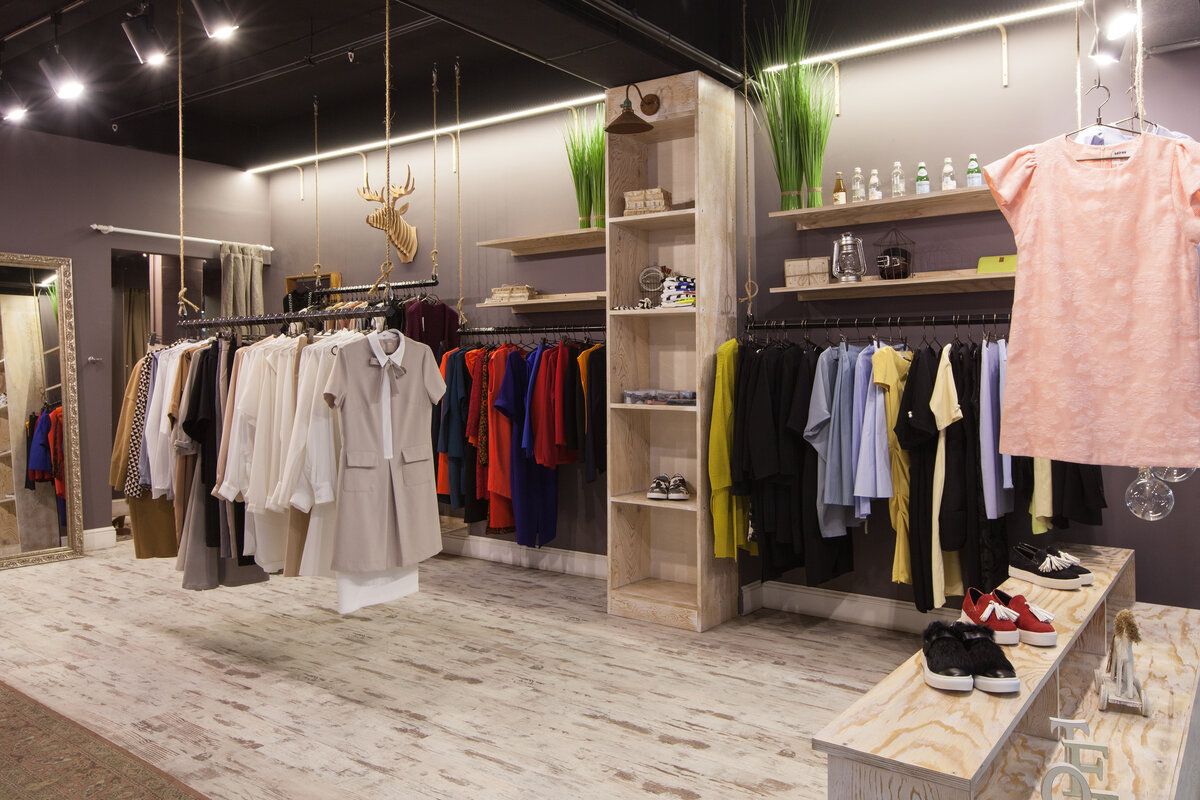 В Москве могут не открыться после нерабочих дней около половины магазинов крупных брендов