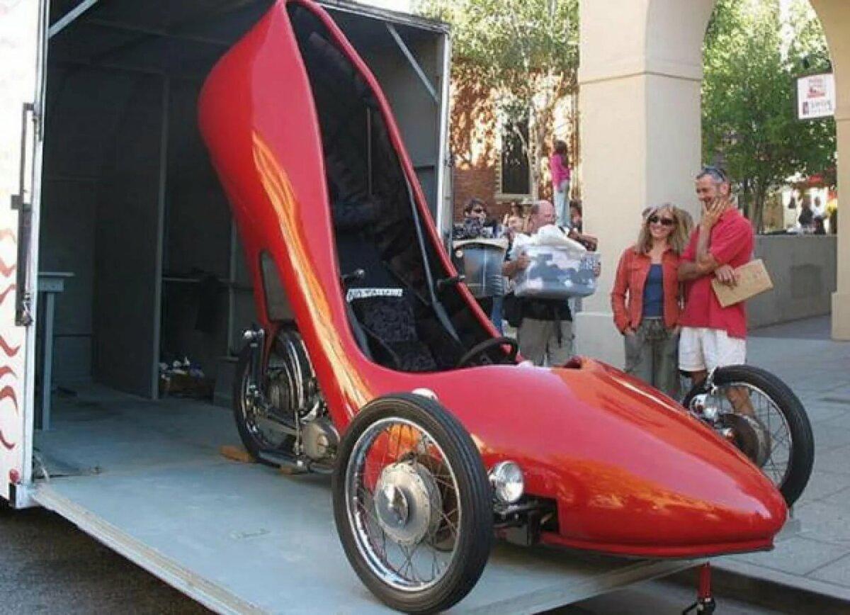 Самые идиотские машины в мире фото