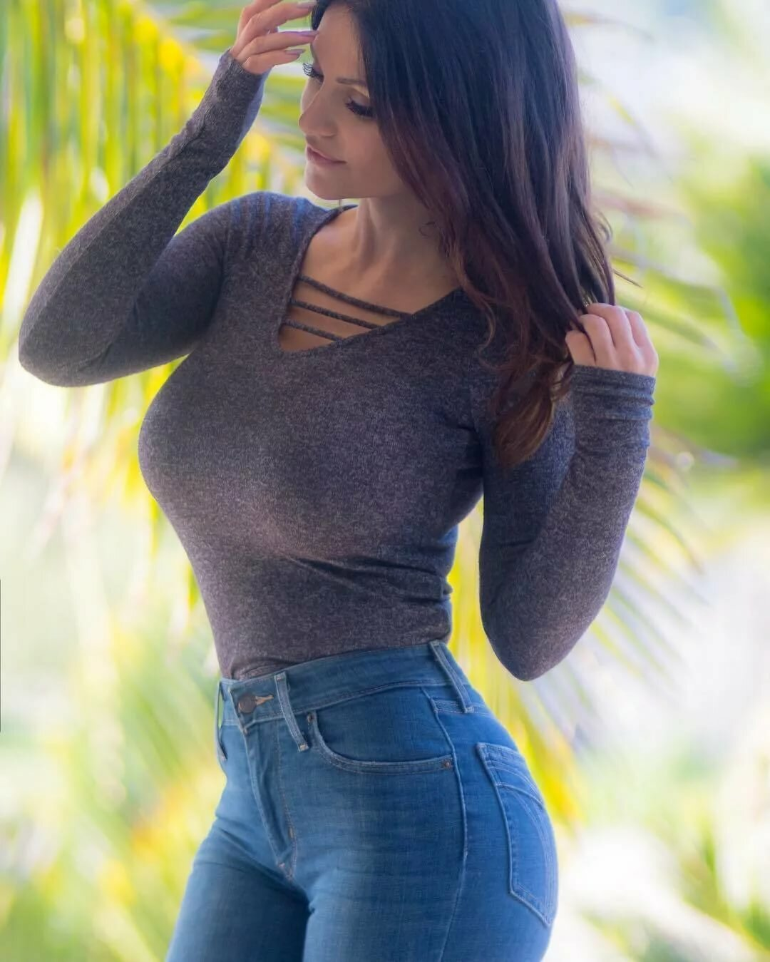 Youtube babe jeans boobs