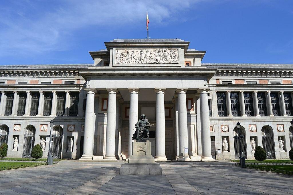19 ноября 1819 года открылся музей Прадо в Мадриде