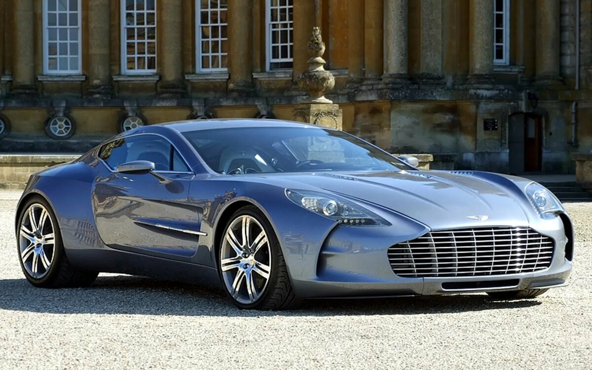 Фото и названия самых дорогих машин