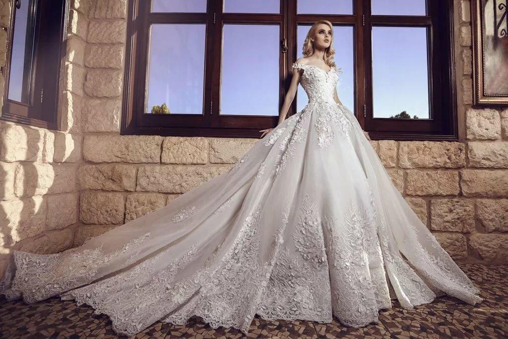 возникновении свадебные платья фотографии тип сенсора для