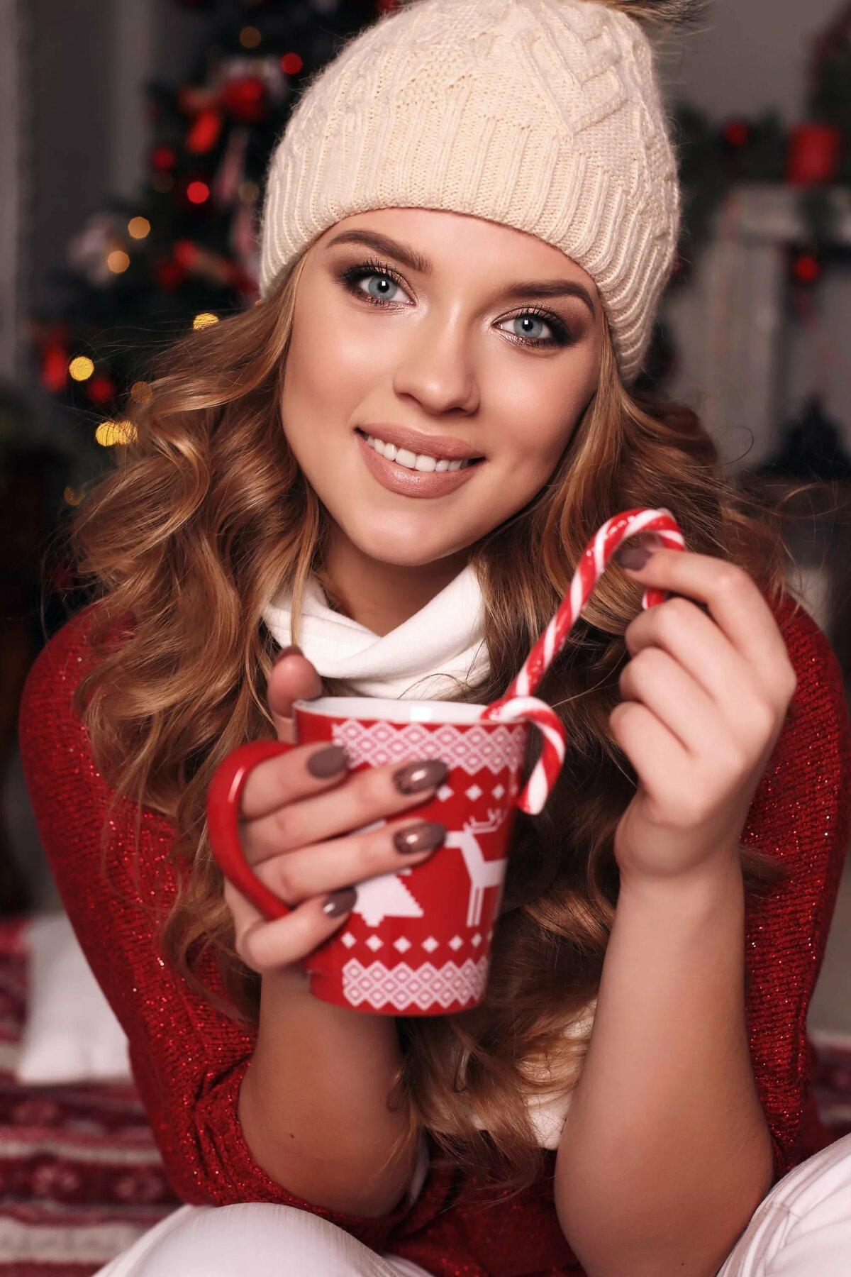Фото в шапках новогодних