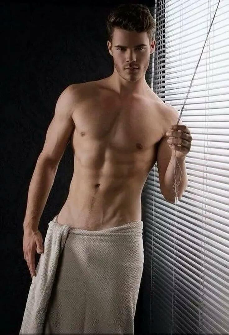 Male escort mike jones shirtless photo