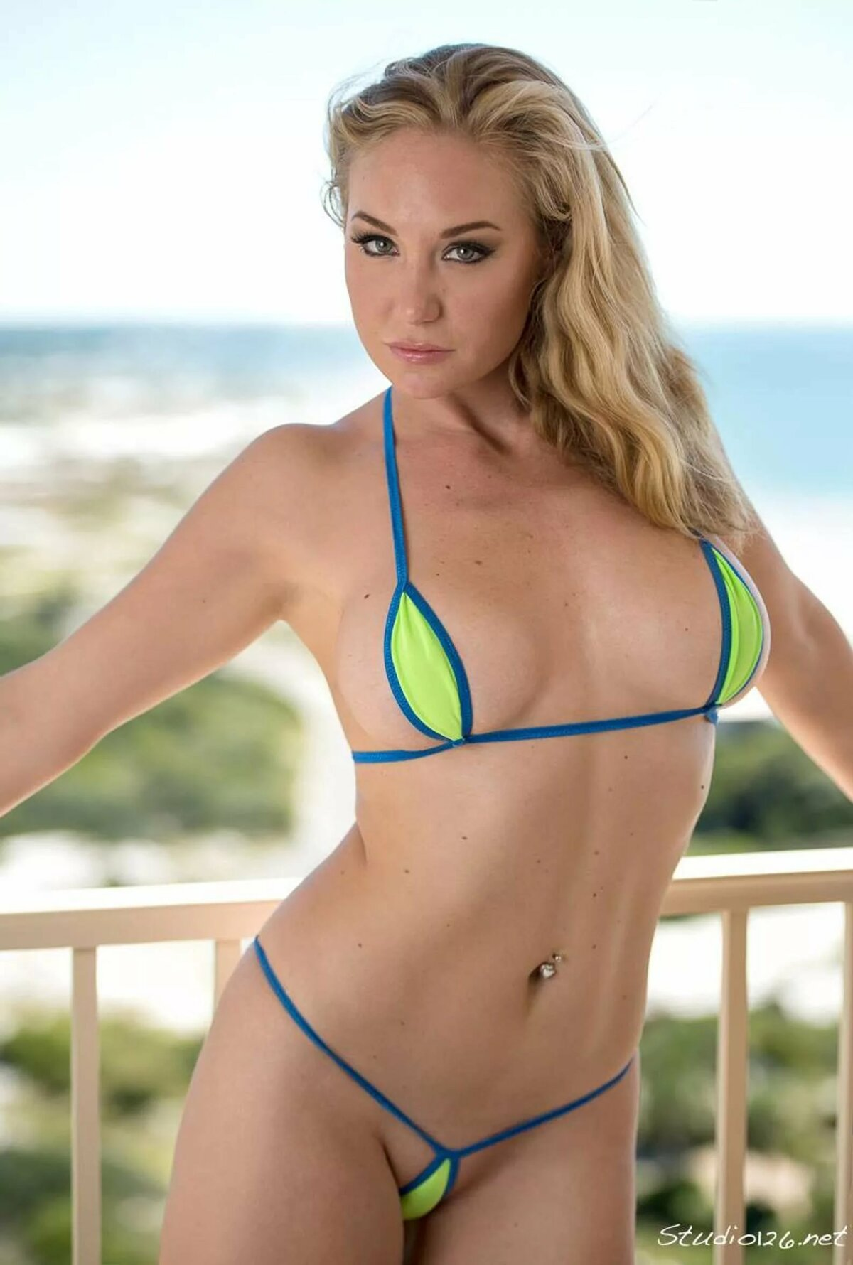 Hot thong bikini girl