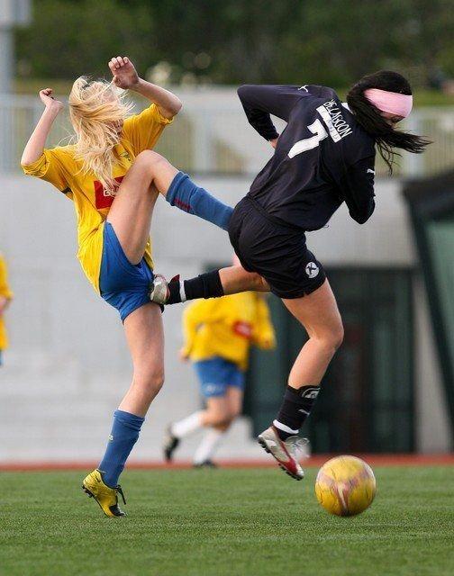 Прикольные картинки болеющих за футбол