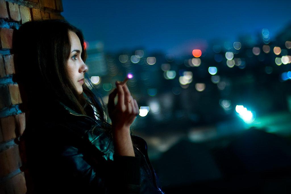 Рот фото показала вечером на улице американки общага парню