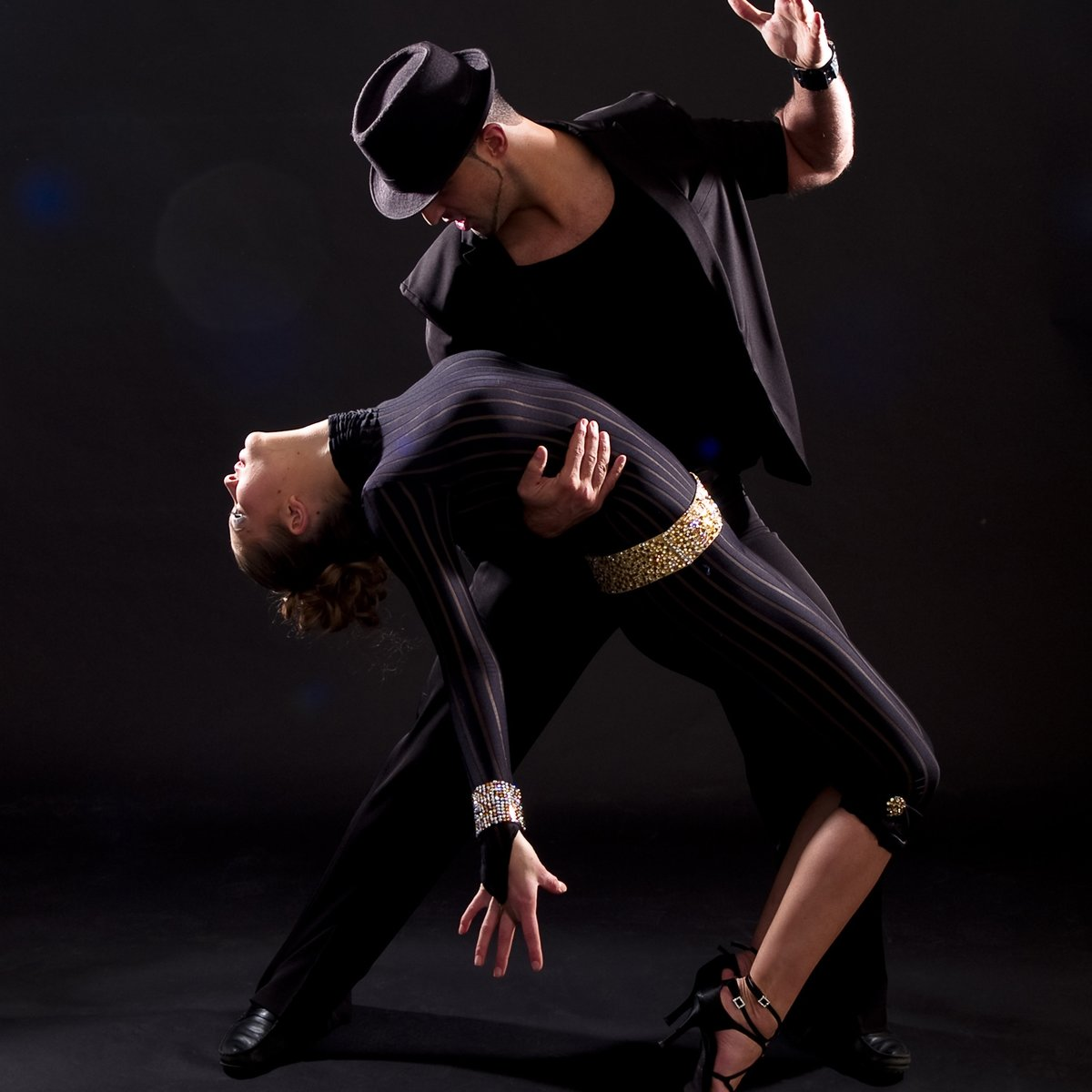 Танцующие картинки контакте