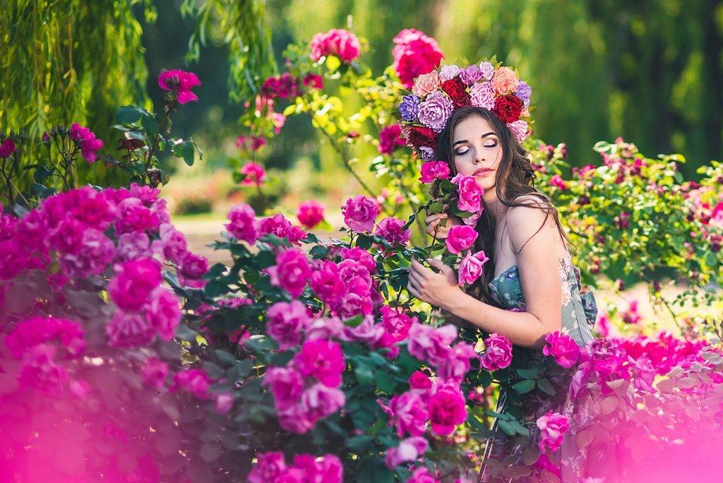 Фотосессия в розах идеи