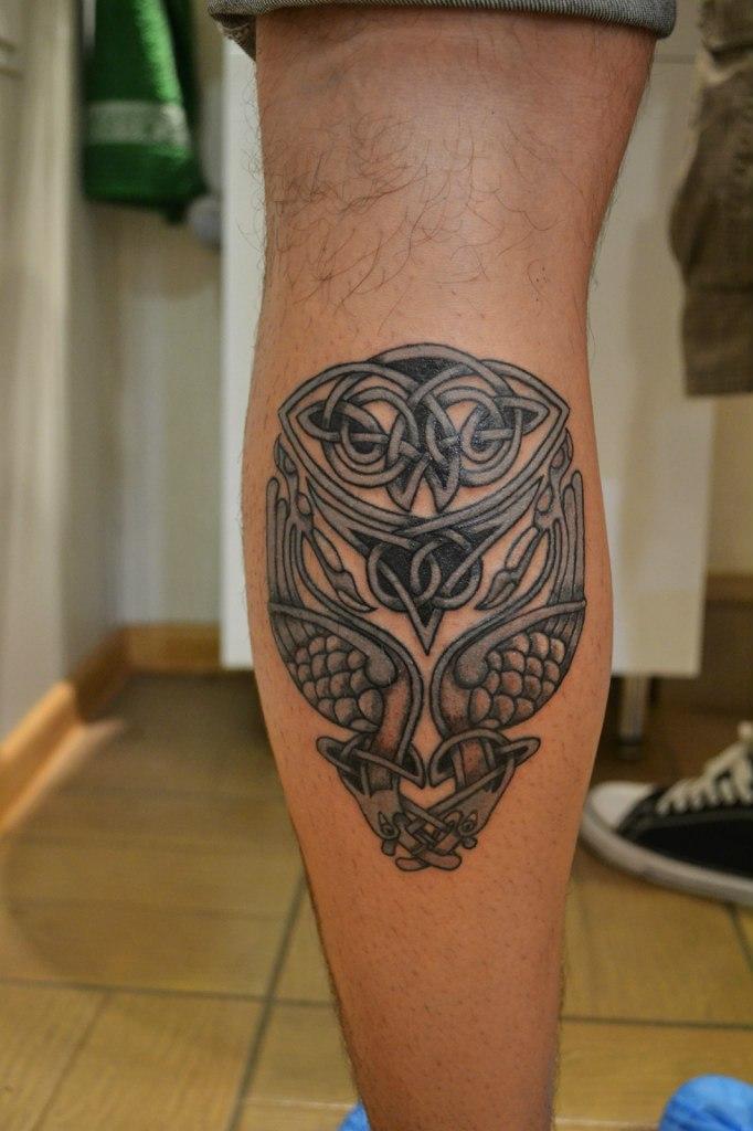 Мужские татуировки на икры 56