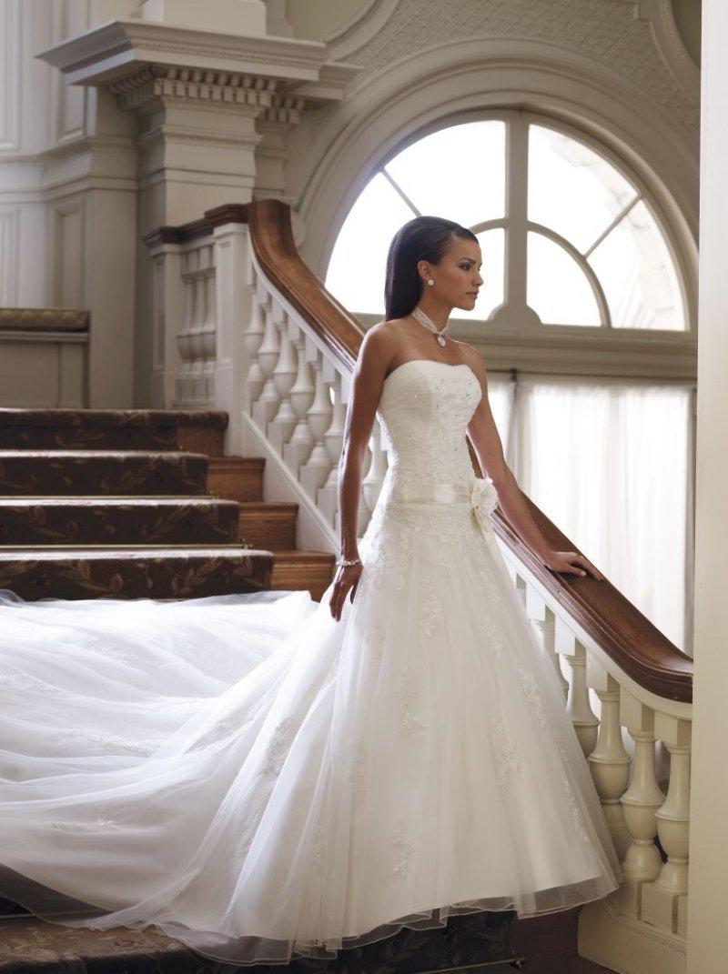 картинки свадебных платья со шлейфом находился так