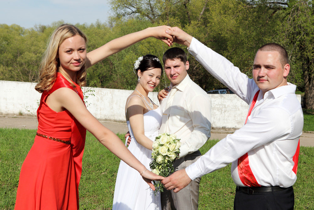 картинки кто такая свидетельница на свадьбе муравья