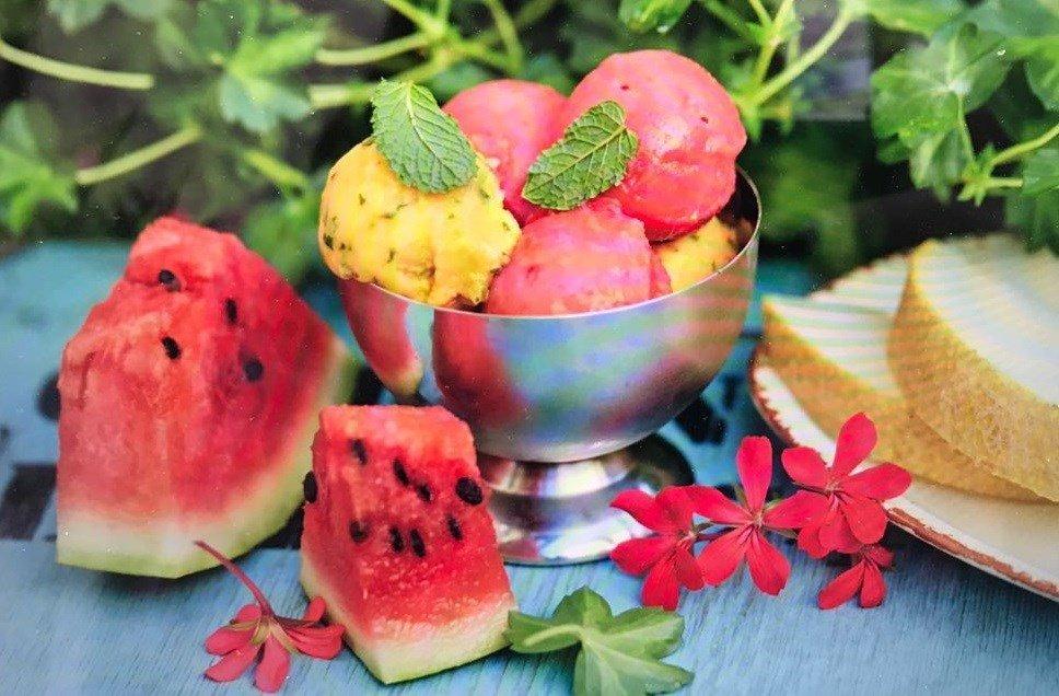 Как сделать мороженое из арбуза - лучшие рецепты