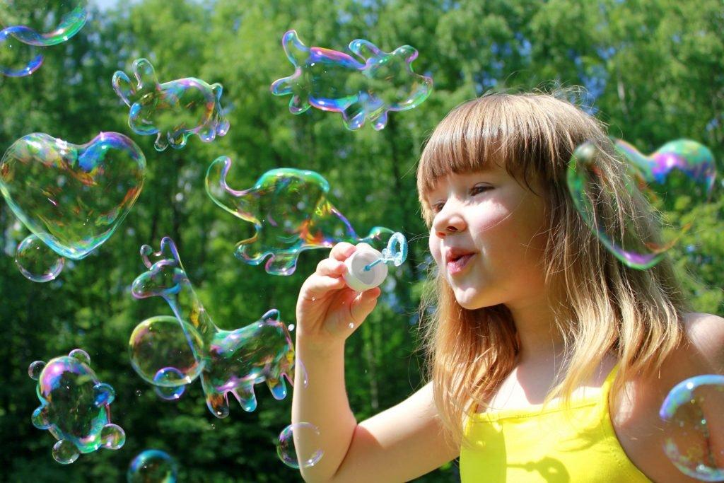Надпись к картинке с мыльными пузырями, прикол
