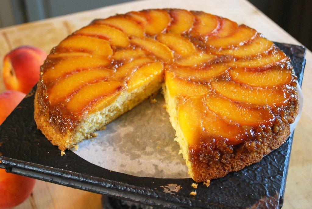 ананасовый пирог рецепт с фото превращается