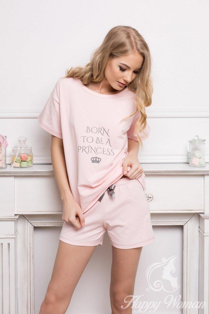 фото девчонок в шортиках и домашних халатах