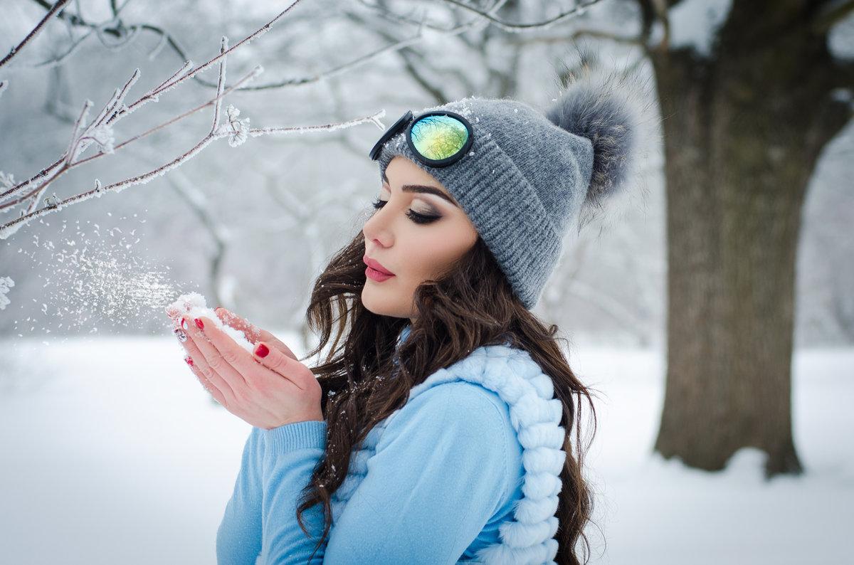 идеи для фотосессии на природе зимой медленно обернулась, давая