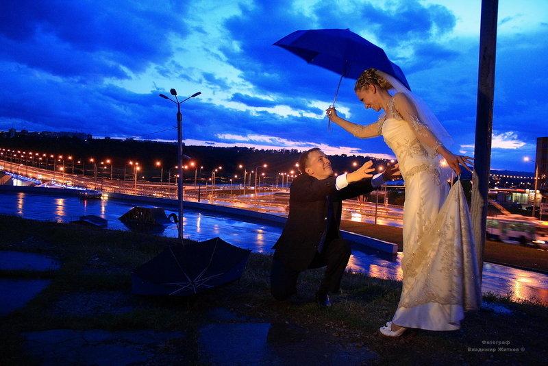 Ночная съемка мужа и жены онлайн, трахает в жопу жопастую